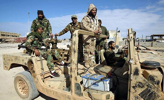 بعد تهديدات أنقرة.. قوات حفتر تفرج عن 6 أتراك احتجزتهم