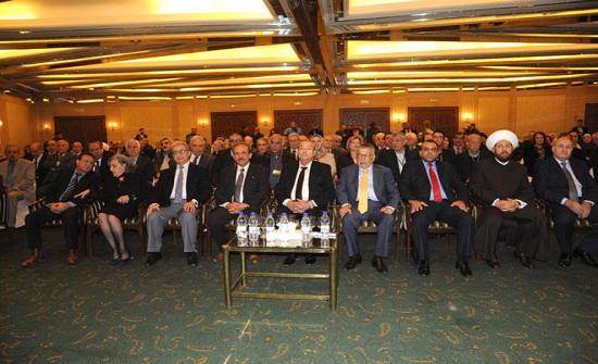 ادباء أردنيون يزورون سوريا ...