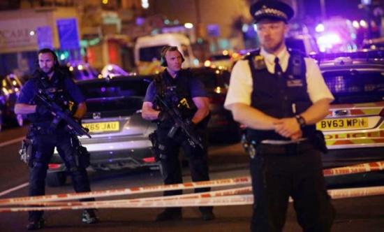 """شرطة لندن: هجوم المسجد به """"كل دلائل"""" الإرهاب"""