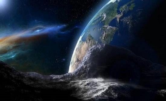 """كويكب ضخم يمر قرب الأرض غدا """"قد يشكل خطرا"""""""