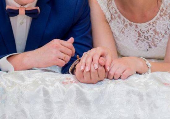 هذا ما يتمنّاه عريسك في ليلة الزفاف الأولى.. ولا يبوح لك به!