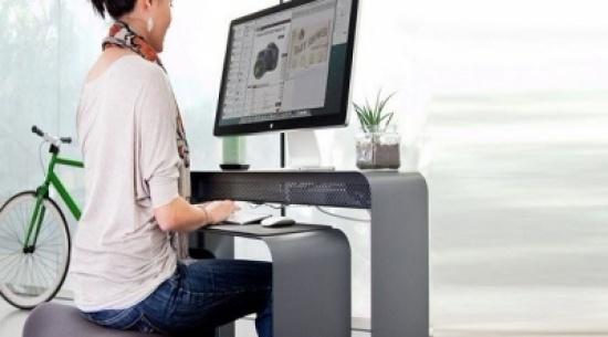 4 نصائح للجلوس السليم أثناء العمل المكتبي