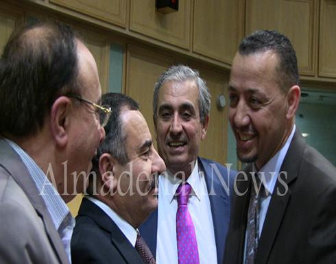 بالفيديو والصور : لقطات جديدة من تحت قبة البرلمان