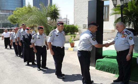 الدفاع المدني يسير بعثة الحج الخاصة بمرتباته