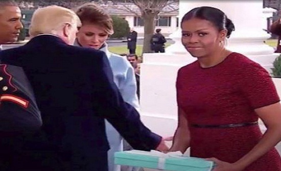 ميشيل أوباما تكشف سرّ انزعاجها من هدية ميلانيا ترامب يوم تنصيب زوجها... وهذا ما احتوته العلبة
