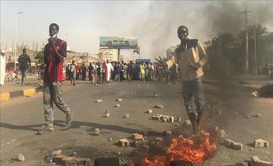 أطباء السودان: مقتل 4 متظاهرين إثر إطلاق رصاص في أم درمان