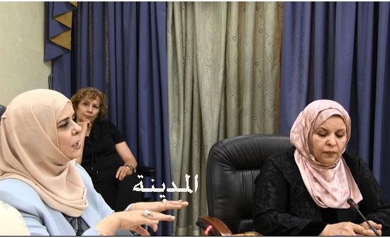 بالفيديو :   لقاء لجنة الاسرة بطالبات الماجستير في مركز دراسات المرأة بالجامعة الاردنية