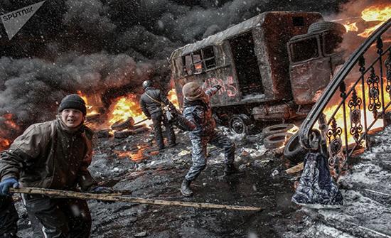 أفضل أعمال المصور الصحفي أندريه ستينين في مناطق النزاع