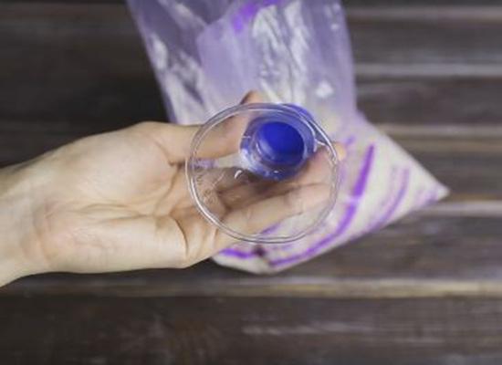 بالفيديو.. 5 استخدامات لا تعرفها لزجاجات المياه البلاستيكية
