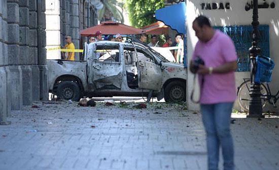 """""""داعش"""" يتبنى تفجيريْ تونس الانتحاريين"""