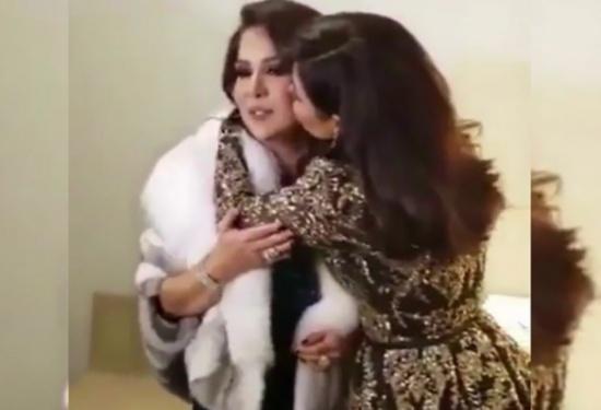 بالفيديو: شيرين تغضب من صحافي وتنفعل بسبب زوجها!