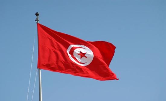 تونس تحتجز طائرة عراقية بمطار قرطاج بسبب الديون