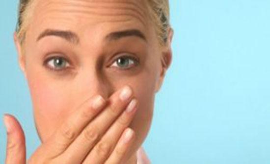 5 روائح تنبعث من جسمكم يجب أن لا تتجاهلوها أبداً!