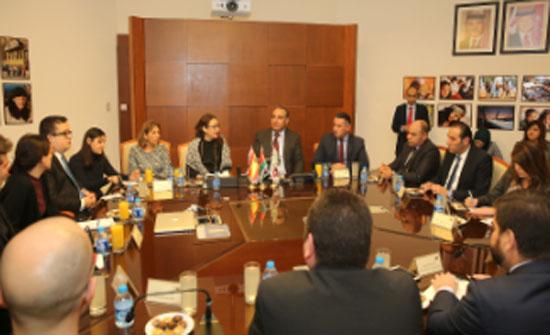 بحث توقيع مذكرة تفاهم بين مدينتي عمان وبرشلونه