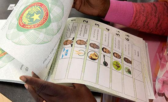 %30 نسبة المشاركة في انتخابات موريتانيا في منتصف النهار