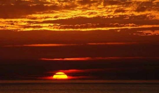 دولة رأت الشمس 7 دقائق فقط الشهر الماضي