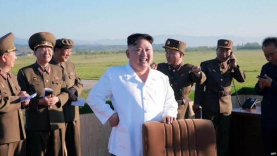 هكذا يستمتع زعيم كوريا كيم جون أون بوقته سرّاً!!