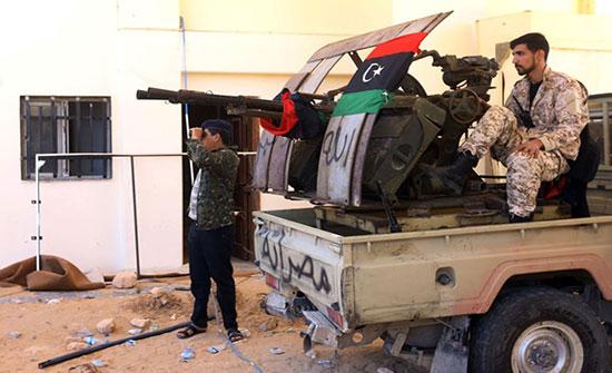 قوات حفتر تقصف عشوائيا مستشفى ومنازل جنوب طرابلس