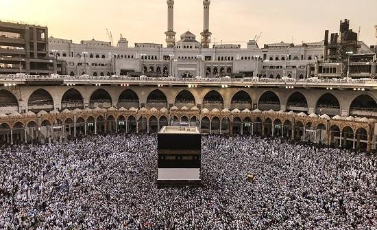 السعودية تعلن تجاوز عدد الحجاج لـ2.4 مليون حاجا
