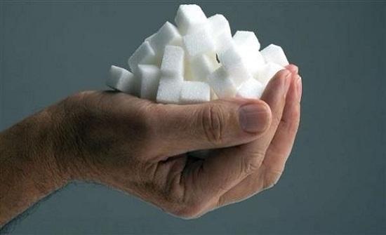السكر يؤذي الدماغ ويسبّب الزهايمر