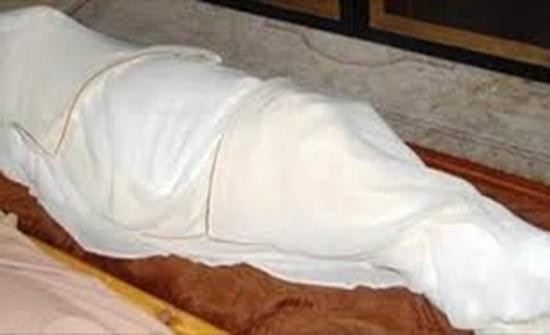 السفارة الأردينة في القاهرة تتسلم جثة أردني عثر عليه متوفيا في شقته
