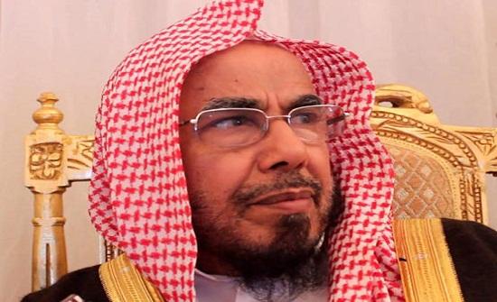 عالم سعودي يدعو لعودة الضرب للمدارس