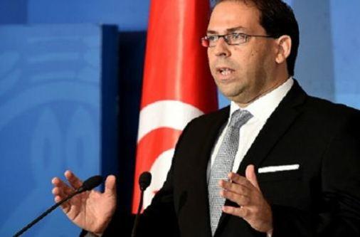الشاهد يتهم شبكات فساد حرضت على العنف والتخريب في تونس