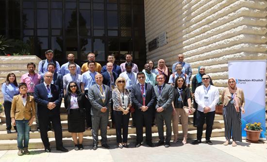 ورشة تناقش النقل المستدام وتكنولوجيا السيارات الكهربائية في (الأردنية)