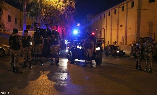 """المومني : سفارتنا بتل أبيب تتابع التحقيقات بحادثة """" السفارة الاسرائيلية """""""