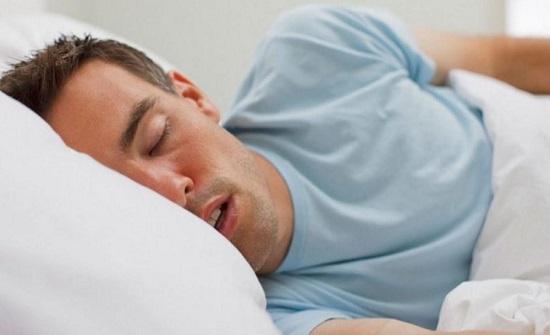 7 نصائح بسيطة لنوم هانئ في الصيف