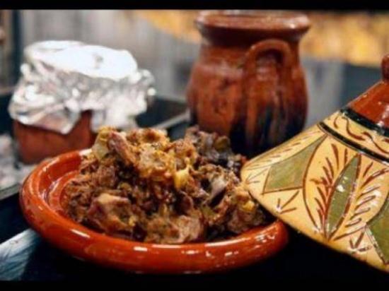 ما سر الطبق المغربي الخاص بالرجال والمحرم على النساء؟!
