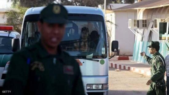 الداخلية الجزائرية تتوعد مشاغبي الملاعب