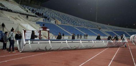 العناية الإلهية تنقذ لاعبي شباب الأردن بعد سقوط مظلتهم بسبب الرياح