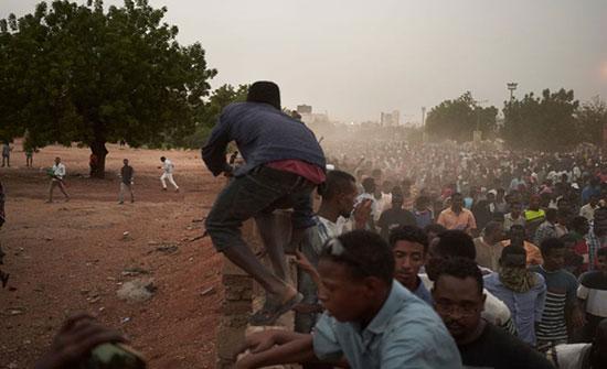 """""""العسكري"""" السوداني: """"الحرية والتغيير"""" مسؤول عن أحداث الأحد"""