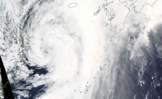"""ناسا ترصد تفاصيل جديدة للعاصفة الاستوائية """"ناري"""" وتحذر من عواقبها"""