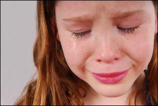 ابنة الـ10 سنوات اغتصبها عمّها مرّات عدّة والفحوص تكشف أنّه ليس والد الطفل!