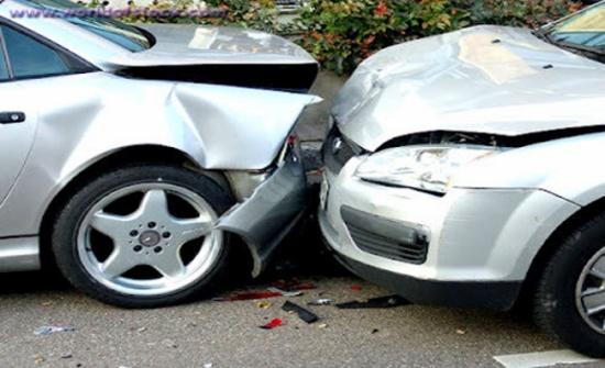 إصابة 6 أشخاص بحادث سير في عمان