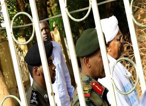 السودان.. محاكمة البشير بتهمة الثراء الحرام الأربعاء