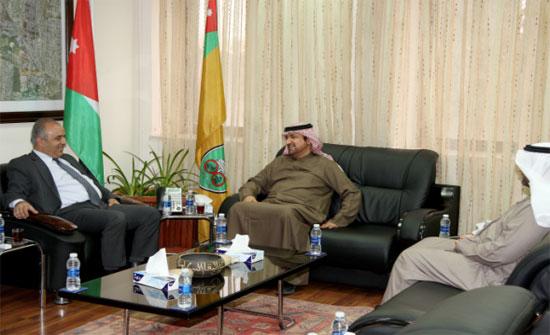 """""""الأردنية"""" و """"الإمارات"""" تبحثان التعاون"""