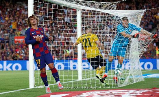 سواريز يرجح كفة برشلونة على آرسنال في كأس خوان جامبر