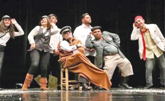 """عرض مسرحية """"جنونستان"""" في ملتقى الجندي للبهجة والفرجة المغربي"""
