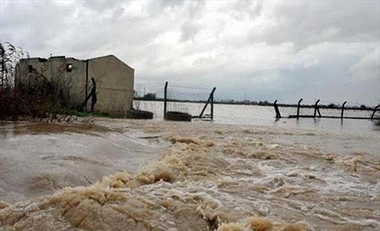 بالفيديو : مياه الأمطار تشرد مئات النازحين شمالي العراق