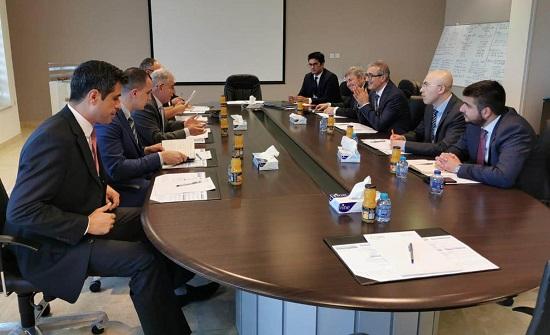 """رئيس الصناعات الدفاعية التركية يزور """"كادبي"""""""