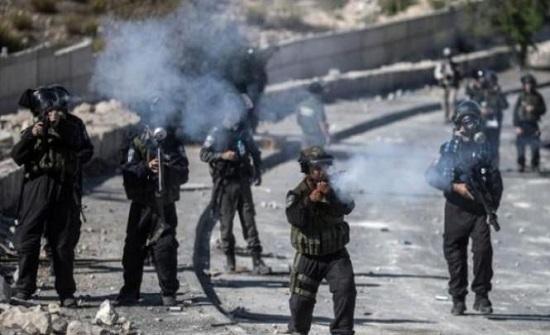اصابة عشرات الطلاب خلال مواجهات مع الاحتلال في الخليل