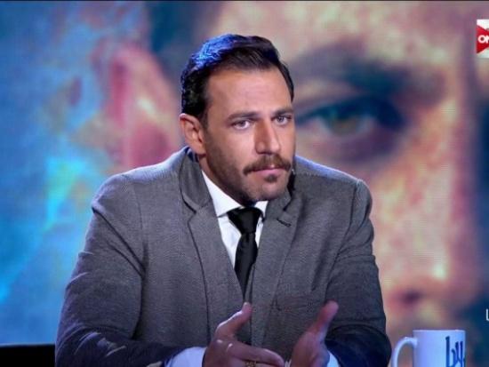 شاهد… ممثل لبناني يعترف بممارسة العلاقة دون زواج ..!!