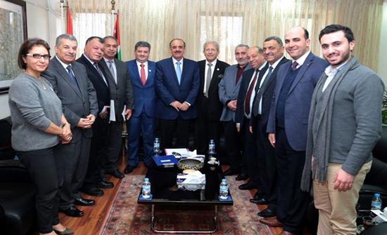"""جمعية عون الثقافية تزور """"الأردنية"""""""