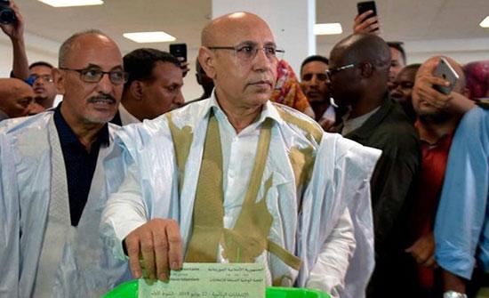 بالفيديو : الرئيس الموريتاني المنتخب يؤدي اليمين لتسلم منصبه