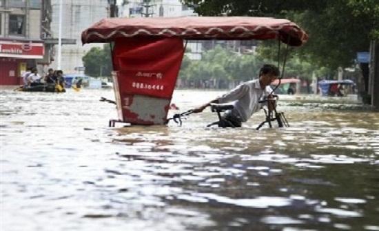 نزوح 48 ألف مواطن بوسط الصين بسبب الأمطار