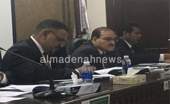 بالصور : لجنة التربية تناقش مع وزير التعليم العالي في جامعة الزيتونة مشروعي قانوني التعليم العالي والجامعات