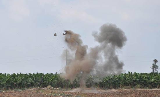 قوات النظام تقصف ريف إدلب بالقنابل العنقودية